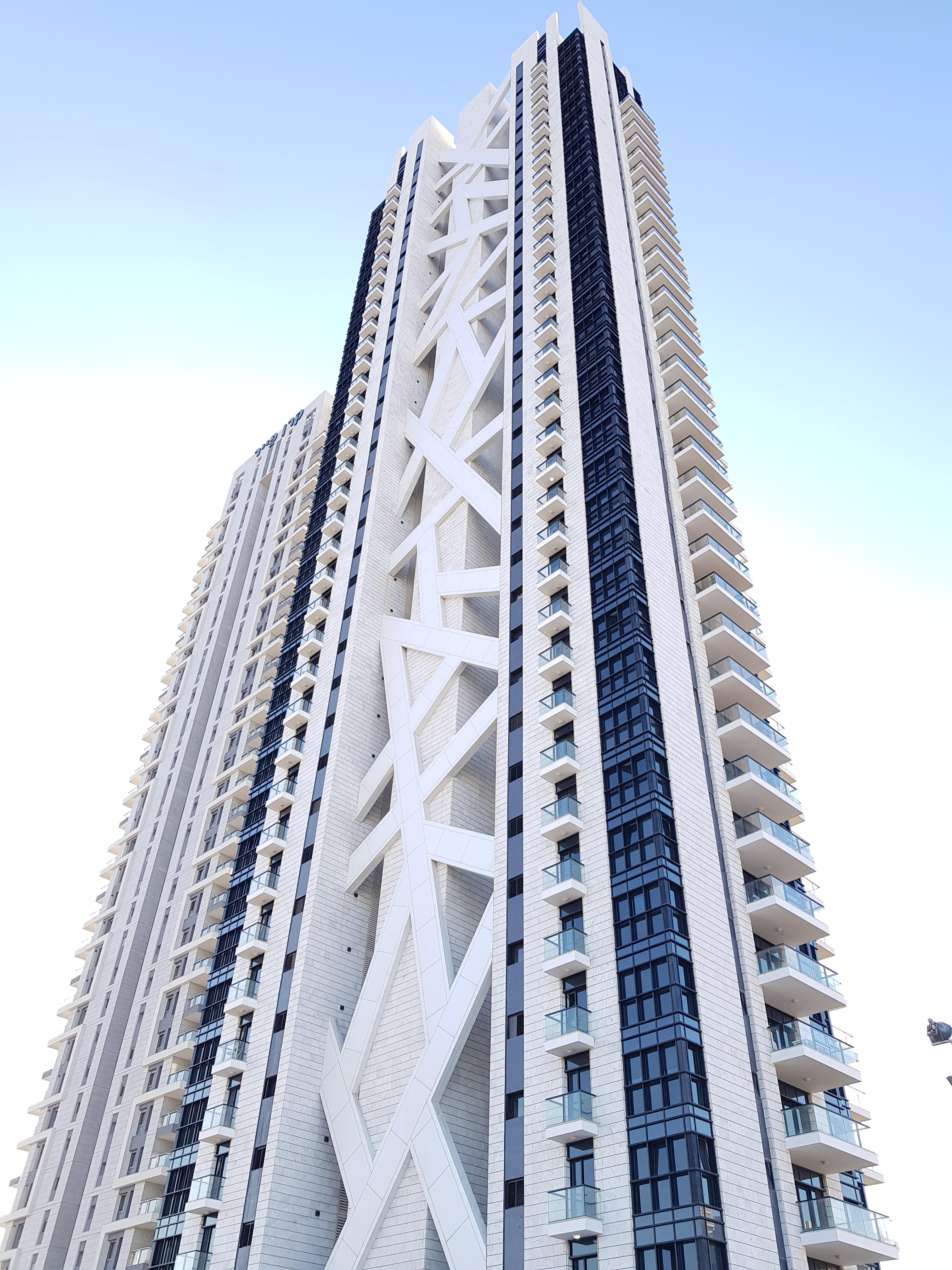 שונות ניהול נכסים בתל אביב | ניהול דירות למכירה בתל אביב | חברה לניהול UC-92